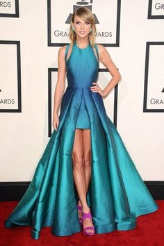 Taylor Swift arrived in an Elie Saab dress, styled with Giuseppe Zanotti heels and jewellery by Lorraine Schwartz and Ofirapave.