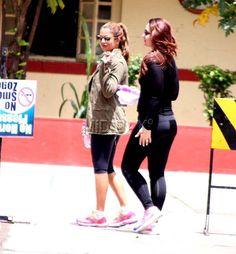 <p>Kareena Kapoor Khan with Amrita Arora Ladak</p>