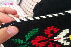Tunus İşi Menekşe Patik Modeli Yapımı Fingerless Gloves, Arm Warmers, Friendship Bracelets, Elsa, Anne, Model, Slipper, Men, Fingerless Mitts