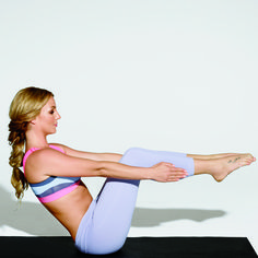 Britney Spears' Yoga Workout for toned abs