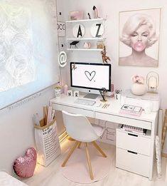 Cozy Home Office, Home Office Decor, Home Decor Bedroom, Office Desk, Office Setup, Decor Interior Design, Interior Decorating, Pastel Home Decor, Room Planning