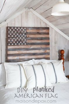 This DIY planked American flag is perfect decor for of July; its neutral, whitewashed look even works year round. Patriotic Decorations, Patriotic Party, Patriotic Crafts, July Crafts, Room Decorations, Partys, My New Room, Plank, Home Projects