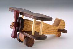 Juguetes de madera aviones de madera por BaldwinToy en Etsy