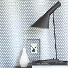 Image of Papel pintado Scandinavian designers by Arne Jacobsen Geometrico Small Space Interior Design, Modern Interior Design, Interior Design Living Room, Modern Interiors, Arne Jacobsen, Bedroom Wallpaper Retro, Diy Floor Lamp, Wall Patterns, Textile Patterns