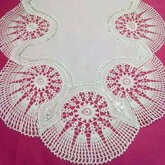 Masa örtü dantel oymali örtü Crochet Borders, Filet Crochet, Irish Crochet, Crochet Motif, Crochet Doilies, Crochet Patterns, Cheap Flower Girl Dresses, Crochet Tablecloth, Needle Lace