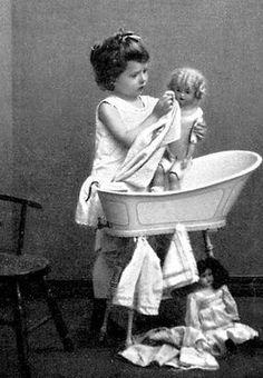 De poppenwasch | Jeugdsentiment.jouwweb.nl