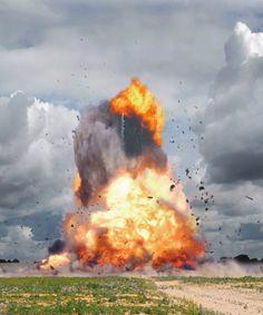 Dynamic Photos of Exploding Idyllic Landscapes