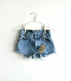 cbf386d6d8 Overall Shorts, Denim Shorts, Overalls, Fashion Shorts, Outfits, How To Wear