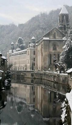 The beautiful small town of Brantôme in the Périgord blanc, France