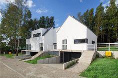 Zdjęcie numer 2 w galerii - Osiedle na wzgórzu. Białe domy o indywidualnym charakterze