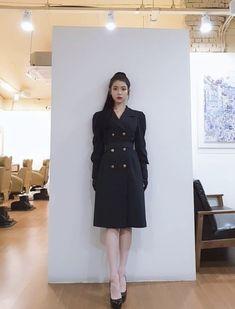 Luna Fashion, Blackpink Fashion, Korean Fashion, Fashion Outfits, Fashion Trends, Korean Celebrities, High End Fashion, Korean Outfits, My Princess