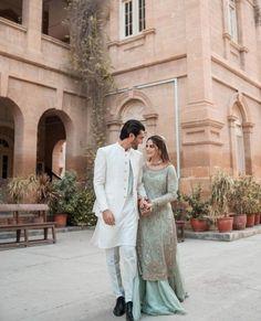 Beautiful Pakistani Dresses, Pakistani Bridal Dresses, Bridal Lehenga, Celebrity Dresses, Celebrity Couples, Celebrity News, Velvet Dress Designs, Cute Celebrities, Celebs