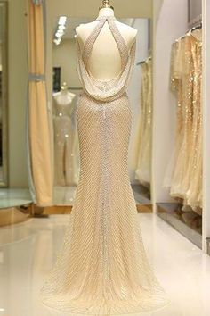 Shop our beautiful collection of unique and convertible long Prom dresses from jolilis,offers long bridesmaid dresses for women in the UK.Mermaid High Neck Floor Length Split Gold Prom Dresses uk with Sequins Beading Elegant Dresses, Sexy Dresses, Beautiful Dresses, Fashion Dresses, Formal Dresses, Fashion 2018, Elegant Evening Gowns, Fashion Top, Gold Prom Dresses
