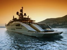 Palmer Johnson is the premier designer and builder of sportyachts and super yachts in Europe and the USA. Yacht Boat, Yacht Club, Palmer Johnson Yachts, Wally Yachts, Monaco Yacht Show, Love Boat, Yacht Design, Motor Yacht, Luxury Yachts