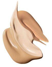 I 10 errori più comuni nel makeup: Utilizzare troppo fondotinta