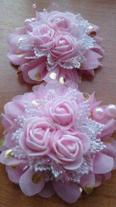 3d Paper Flowers, Diy Ribbon Flowers, Ribbon Flower Tutorial, Burlap Flowers, Ribbon Art, Ribbon Hair Bows, Fabric Ribbon, Ribbon Crafts, Crochet Flowers