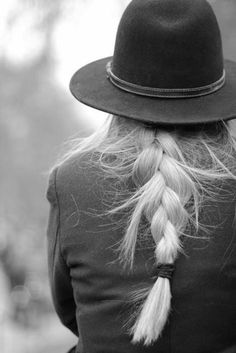 » hats »