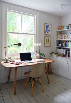 Mid-Century Desk Design in Stylish and Attractive Models : Beautiful Classic Home Office Decor With Mid Century Desk With Indoor Planter And. Decor, Furniture, Home Office Decor, Interior, Home, Office Interiors, Mid Century Desk, House Interior, Interior Design