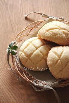 Japanese Melonpan Bread メロンパン