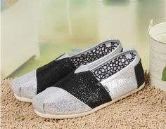Toms Glitter Shoes Womens Silver Black : Toms Outlet,Cheap Toms Shoes Online, Welcome to Toms Outlet.Toms outlet provide high quality toms shoes,best cheap toms shoes,women toms shoes and men toms shoes on sale.You will enjoy the best shopping.