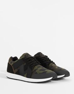 new style ea059 dbbb1 Pull   Bear camo trainers