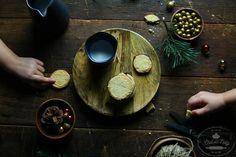 Maslové sušienky s kváskom Baking, Bread Making, Patisserie, Backen, Bread, Sweets, Reposteria, Roast