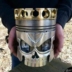 Discover thousands of images about Spartan king Leonidas 300 scrap metal art piston head. Welded from reclaimed engine parts and other scrap metal. Metal Sculpture Artists, Steel Sculpture, Metal Welding, Welding Art, Welding Tools, Arc Welding, Metal Projects, Welding Projects, Art Projects