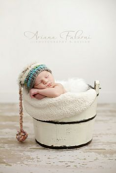 Newborn Photo Shoot ideas (IMG_9165-Edit by arianamusic, via Flickr)