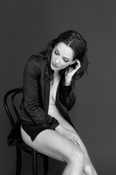 anna dereszowska Pictures Of Anna, Portrait Photo, Polish Girls, Timeless Beauty, Goth, Vogue, Feminine, Tours, Lady