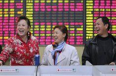 China anuncia redução da taxa de juros para estimular atividade econômica - http://po.st/LwlgmO  #Destaques - #China, #Cortes, #Taxas