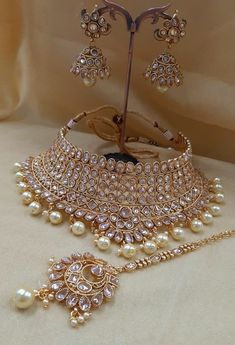 AMANI Crystal Collection: Bridal Jewellery sets - New Ideas Indian Bridal Jewelry Sets, Indian Jewelry Earrings, Jewelry Design Earrings, Wedding Jewelry Sets, Necklace Designs, Bridal Bridal Jewellery, Bridal Jewellery Collections, Antique Jewellery Designs, Fancy Jewellery