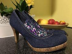Mein Jeans Pumps high Heels in dunkel blau mit Korkenabsatz von Keine! Größe 39 für 6,00 €. Sieh´s dir an: http://www.kleiderkreisel.de/damenschuhe/hohe-schuhe/131984204-jeans-pumps-high-heels-in-dunkel-blau-mit-korkenabsatz.