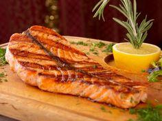 Saumon à la plancha et ses petits légumes : Recette de Saumon à la plancha et ses petits légumes - Marmiton
