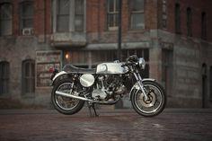 Ducati 900 GTS by Nick Huber