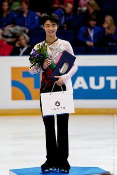 Yuzuru Hanyu Men Podium Finlandia Trophy 2012 Espoo 2012-10-06