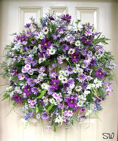 Spring Wreath Summer Wreath DAISY WREATH in pretty shades of lavender, purple, and white Spring Door Wreaths, Summer Wreath, Wreaths For Front Door, Holiday Wreaths, Summer Swag, Spring Summer, Felt Flower Wreaths, Easter Wreaths, Floral Wreath