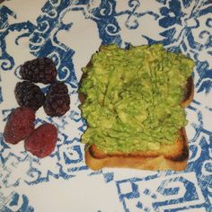 Yummy. Smashed avocado toast on my new bread from @greatlowcarb. ONE net carb per piece! Mixed the avocado with a little EVOO salt & pepper. Also 1/4 C frozen berries. I'm ready to have a successful Sunday!  #wls #wlsfam #rny #rnyinstafam #rnyinstacrew #rnyfam #bariatricbabes #bariatricsurgery #vsg #vsginstacrew #vsginstafam #wlsjourney #postopvsg #wlsstrong #wlscommunity #bariatricliving #foodporn #vsgliving #vsgeats #keto #yum #lchf by changingamy_