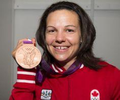 Christine Girard vient de remporter une médaille de bronze en haltérophilie aux Jeux Olympiques de Londres!
