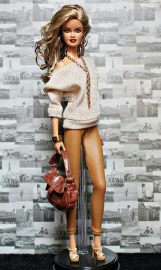 Get it Barbie!!! My little sister would have your heels on the ground,NAKED in 2.5 seconds!lol Chrissie Spain.
