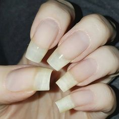 Learn how to remove acrylic nails at home. We've covered all you need to know to take care of your acrylic nails like a seasoned professional. Natural Nail Designs, Short Nail Designs, Cool Nail Designs, Natural Design, Art Designs, Remove Acrylic Nails, Acrylic Nails At Home, Long Natural Nails, Long Nails