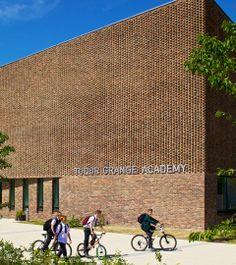 Feilden Clegg Bradley Studios - Tudor Grange Academy