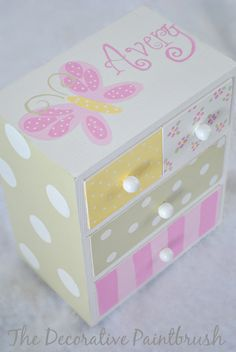 Jewelry Box Personalized Gift Flower Girl por TheDecorativeBrush, $22.00