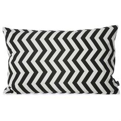 The trendy Black zigzag cushion comes from the Danish company Ferm Living. The cushion is made of organic cotton canvas and has a trendy zigzag pattern in black and white that is printed by hand. The cushion fits perfect in a living room or bedroom and can easily be combined with other stylish products from Ferm Living to create a modern look in your home!