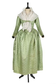 Maternity ensemble, 1790′sFrom Kerry Taylor Auctions