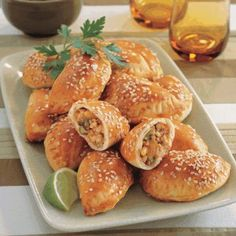 Small pies manaeish or fatayer recipe ramadan recipes arabic arabic food recipe book sambousek chicken and veges forumfinder Images