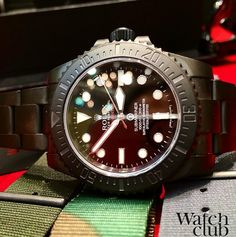Just arrived... The awesome DLC stealth military Submariner from @Prohunter complete with unique 60min ceramic bezel and Gladiator hands. Limited to 100 pieces.