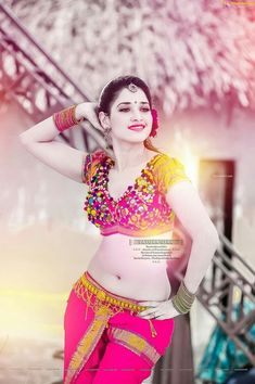 Top 10 Most Beautiful Indian Actresses 2019 Most Beautiful Bollywood Actress, Indian Bollywood Actress, Bollywood Girls, Beautiful Actresses, Beautiful Girl Photo, Cute Girl Photo, Beautiful Girl Indian, Beautiful Lips, South Indian Actress Hot