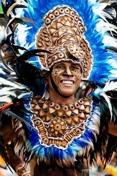 ✈ Philippines The Dinagyang Festival is celebrated every fourth weekend of January to honor the Christianization of the natives and to respect the Holy Child Jesus. Carnival Spirit, Jose Rizal, Filipino Culture, Vegas Style, Festivals, Respect, Islands, Dancing, January