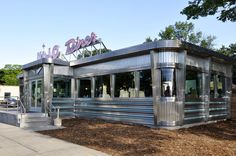 Resurrecting America's Great Old Diners, By Moving Them Across State Lines