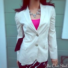 J. Crew Factory Suiting Blazer in Cream Sophisticated classic blazer in cream cotton. Smart and sexy! Like new! Cotton. Hits at low hip. Functional buttons at cuffs. Back vent. Lined. Dry clean. Import.👗The Chic Shed; A Current and Classic Fashion Curation. 👗 🎁10% OFF BUNDLES🎁 I ❤️ THE OFFER BUTTON😊 ❌NO PP, TRADES, HOLDS❌  💖15% OFF RETURN BUYER BUNDLES💖 J. Crew Jackets & Coats Blazers